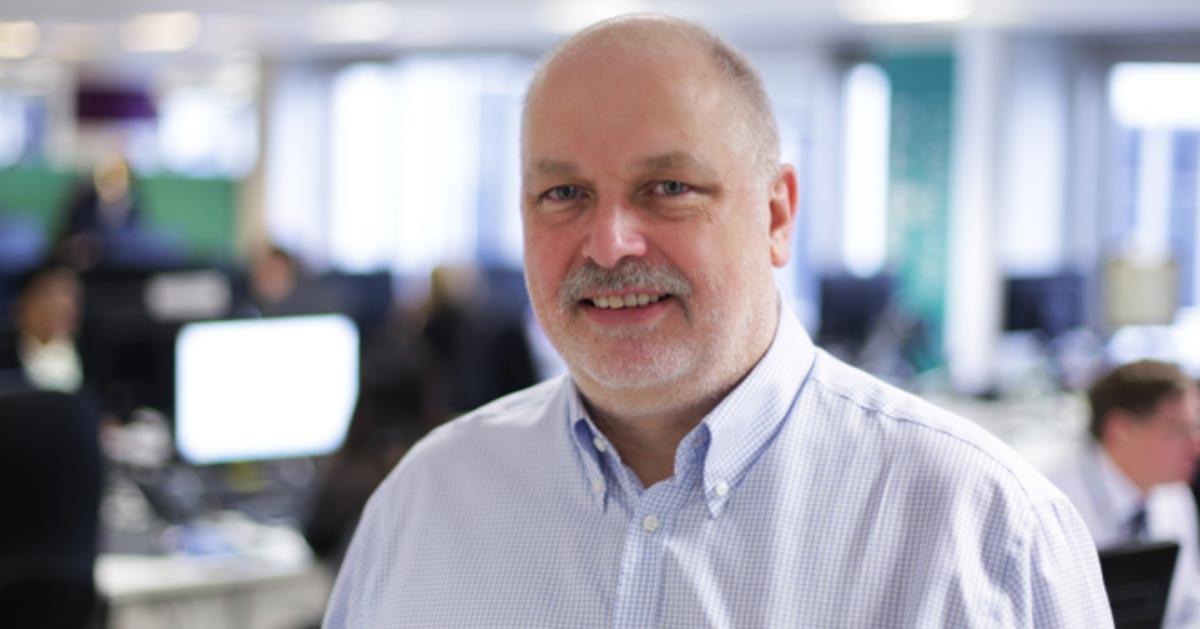 Head and shoulder image of Simon McKinnon