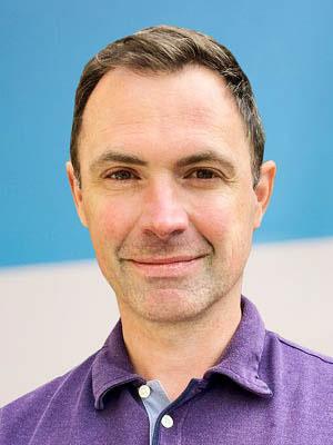 Simon King portrait photo