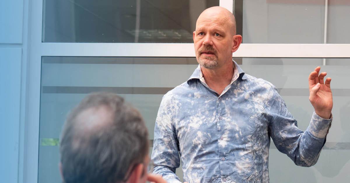Pieter giving a presentation